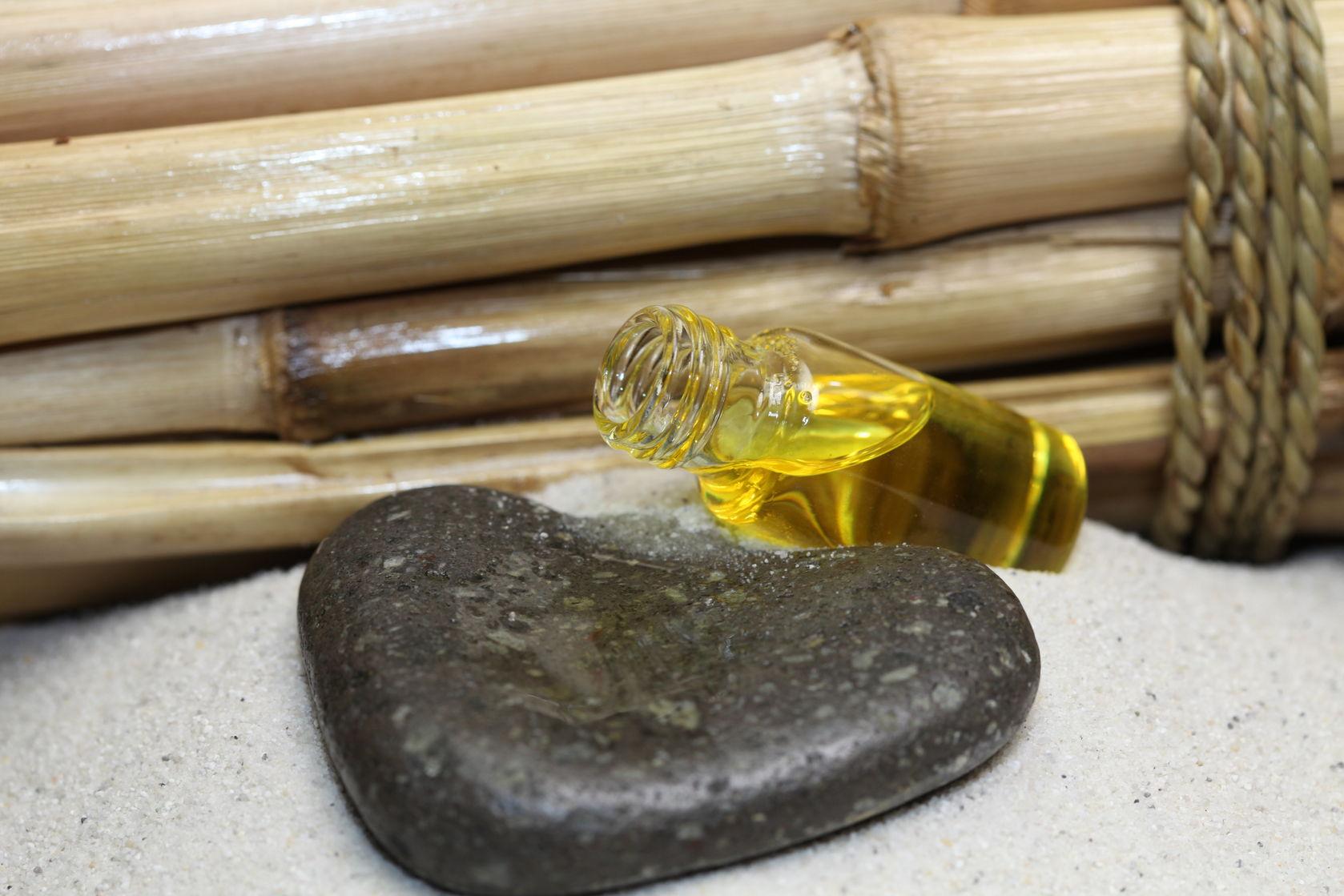 gebruik van natuurlijke olieen in mijn praktijk voor huidverbetering